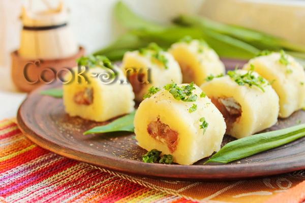 Картофельные «роллы» с селёдкой