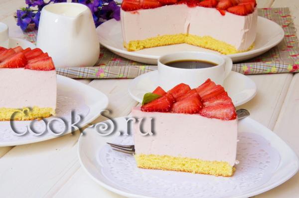 торт клубничный мусс