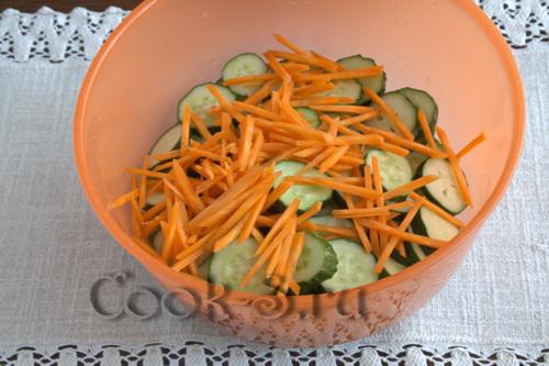 огурцы с морковкой