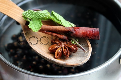 http://cook-s.ru/images/stories/napitki/kompot_iz_chernoi_smorodiny/kompot_iz_chernoi_smorodiny_5.jpg