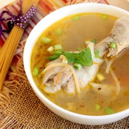 Сварить куриный суп из ножек