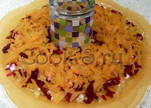 салат гранатовый браслет - 3 слой морковь