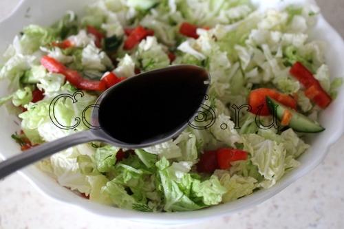 Салат из пекинской капусты с медовым соусом