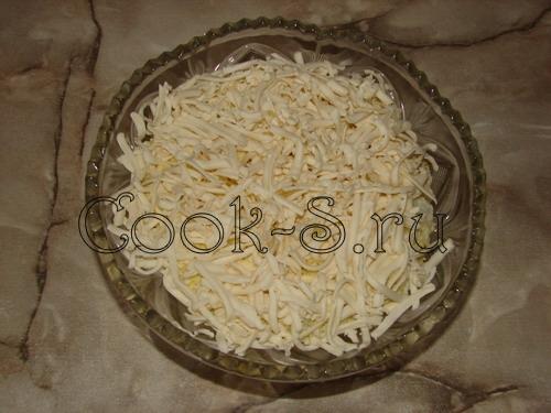 салат рыбки в пруду - сыр