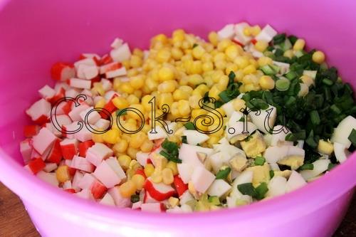 кулинарные рецепты салат с курицей и крабовыми палочками