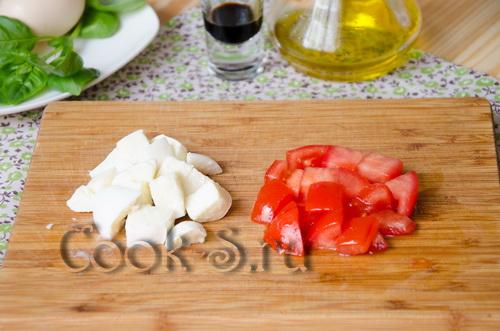 сыр и помидор