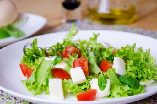 сыр и томат