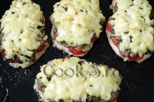 Куриные отбивные с сыром и грибами в духовке рецепт с пошагово