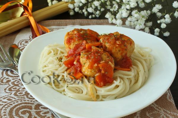 Куриные шарики в томатном соусе рецепт