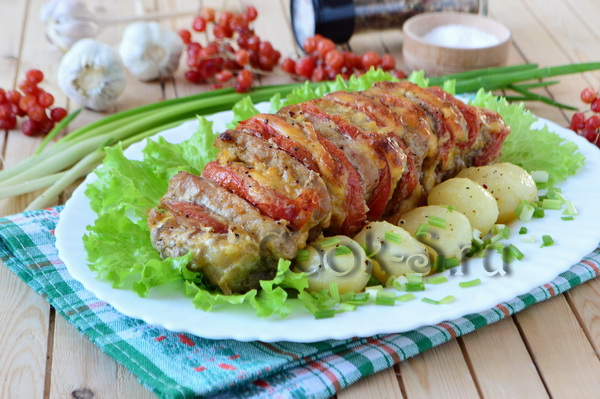 Мясо запеченное с помидорами и сыром гармошка в духовке с фото