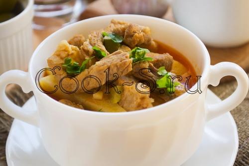 азу по-татарски с солеными огурцами рецепт с фото