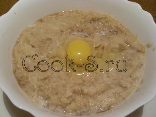 картофельная бабка с мясом - яйца