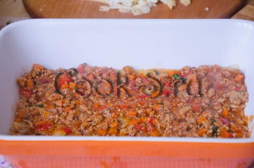 лазанья с фаршем с соусом бешамель