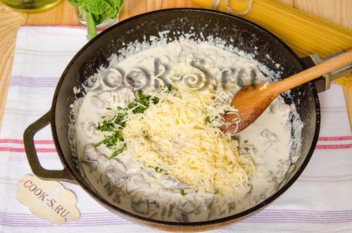 Грибной соус со сливками для макарон