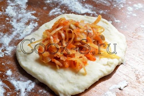 http://cook-s.ru/images/stories/vtorie_bluda/raznoe/zharenye_pirozhki_s_kapustoi/zharenye_pirozhki_s_kapustoi_11.jpg