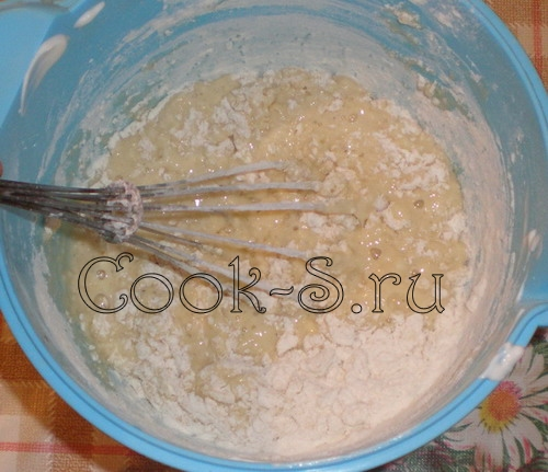 пирог медовый - тесто