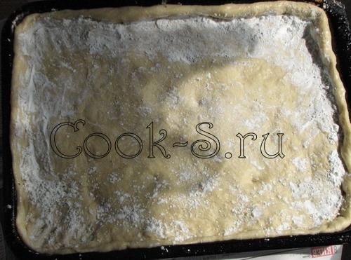 пирог с клубникой - крахмал