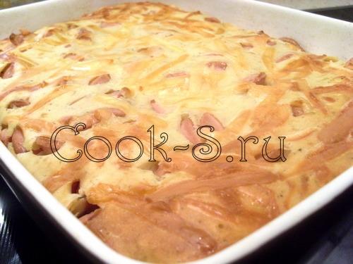 пирог с сосисками