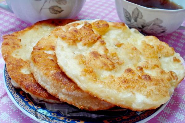 лепешки на кефире с сыром на сковороде рецепт с фото