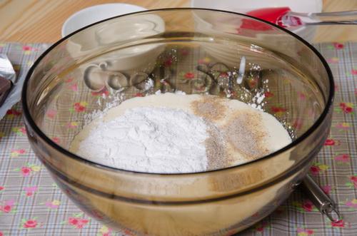 сметана с сахарной пудрой