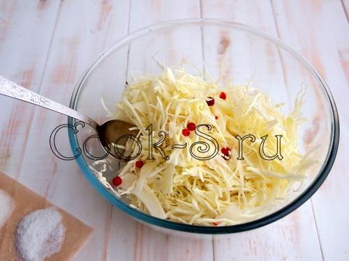 Квашеная капуста с брусникой рецепт с фото