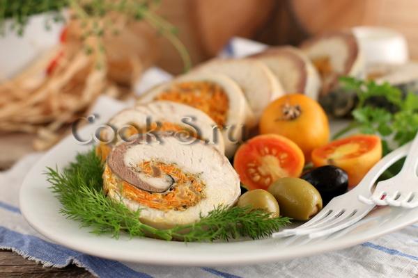 рулет из скумбрии с овощами и желатином