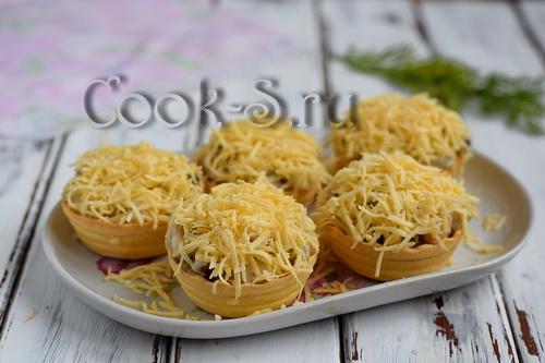 жульен в тарталетках с грибами и курицей и сыром