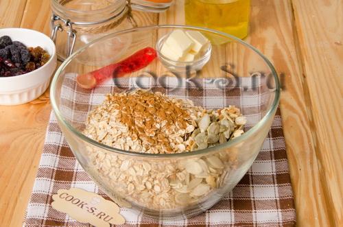 Необычная ореховая гранола