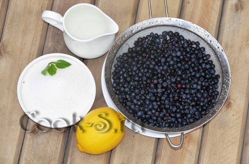 Манная каша с черникой, пошаговый рецепт с фото