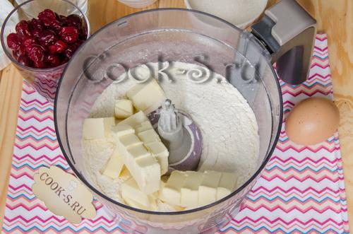 Мини-меренги с орешками – кулинарный рецепт