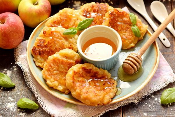 яблочные драники рецепт с фото
