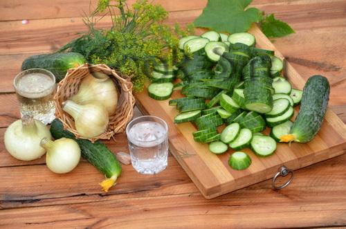 Салат из огурцов на зиму – кулинарный рецепт