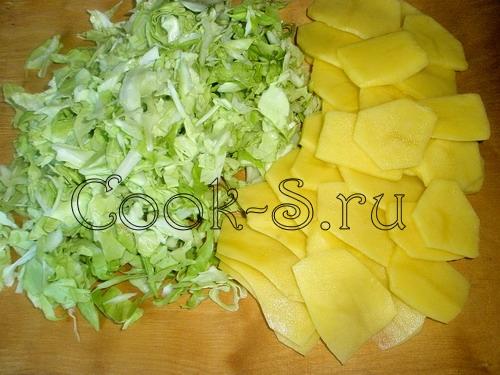 Борщ в горшочках с сухариками – кулинарный рецепт