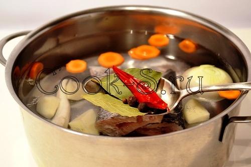 Уха из щуки с рыбными клецками, пошаговый рецепт с фото