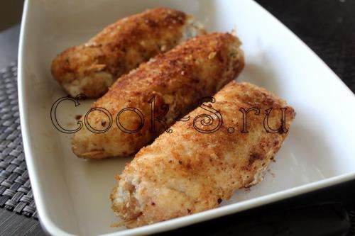 Куриные рулетики под томатным соусом и сыром «Рикотта» - рецепт пошаговый с фото