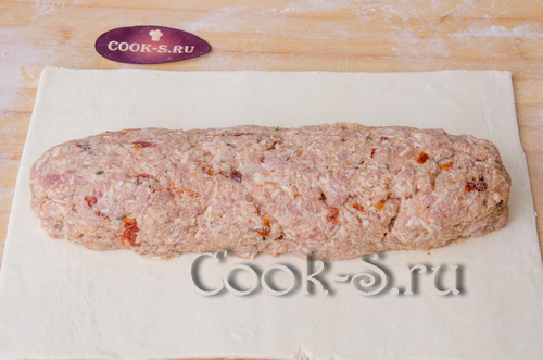 Мясной рулет в тесте – кулинарный рецепт
