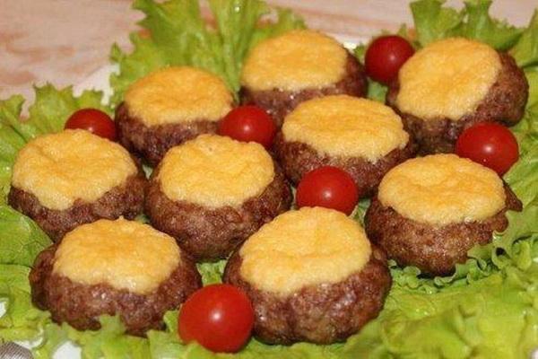 рецепт приготовления мясных гнезд с начинкой