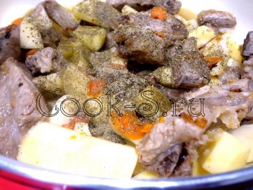"Ребрышки ""Вкуснятина"" с картофелем – кулинарный рецепт"