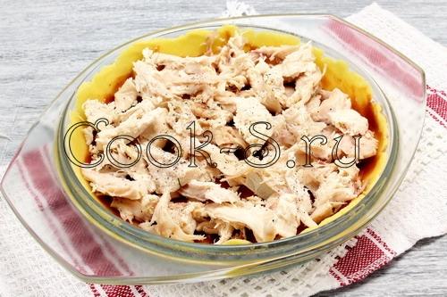 Киш с курицей и сырной заливкой – кулинарный рецепт