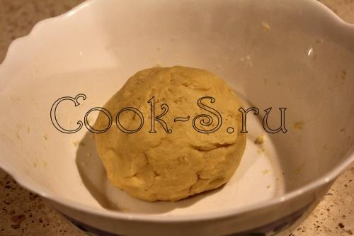 Пирог с плавлеными сырками – кулинарный рецепт