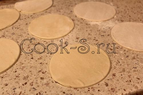 Слойки со смородиной – кулинарный рецепт