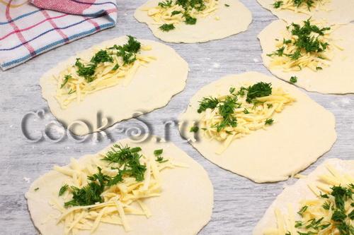 Лепешки на кефире с начинкой – кулинарный рецепт