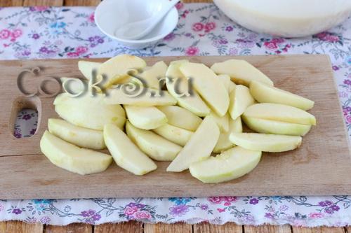 Идеальные кексы на кефире с яблоками – кулинарный рецепт