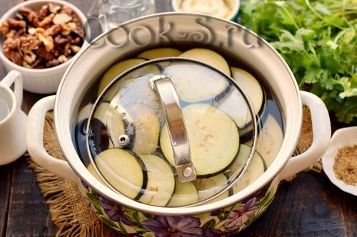 баклажаны в солевом растворе