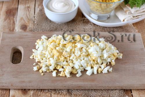 Закусочный чизкейк с крабовыми палочками – кулинарный рецепт
