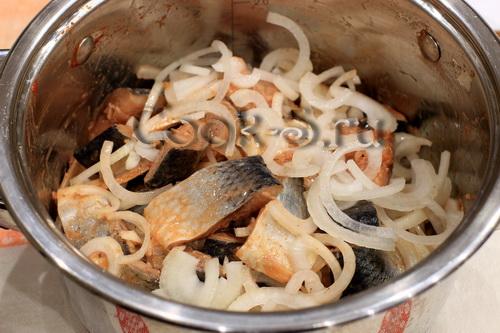 Маринованная сельдь с пряностями – кулинарный рецепт