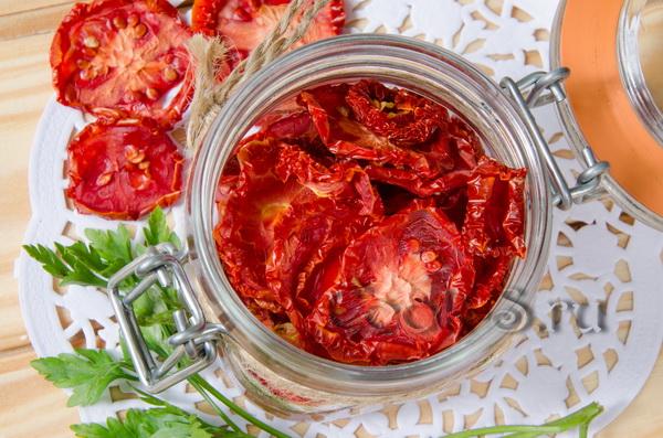 """Помидоры в томате """"Некондиция"""" – кулинарный рецепт"""